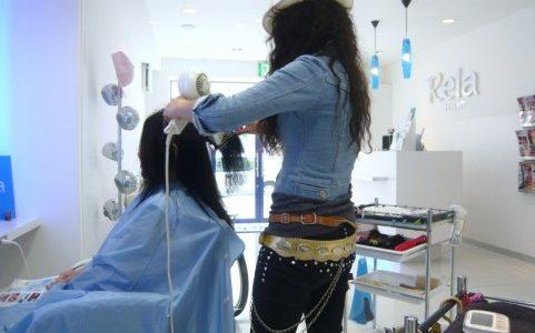 逆プリンの直し方は?髪色の対処法は美容室がベター?