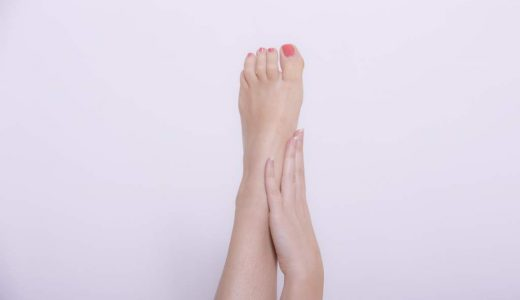 足の爪が白い!白い線、点がある原因は?病気?水虫?治し方についても!
